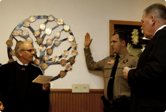 Sheriff Clouse being sworn into office